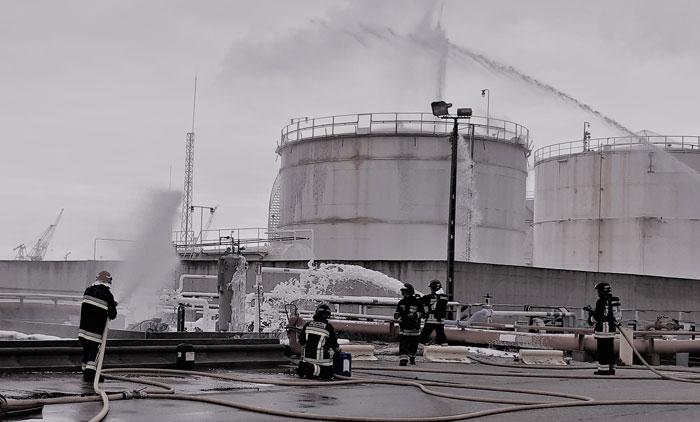 Exercício anual com simulacro de incendio no terminal